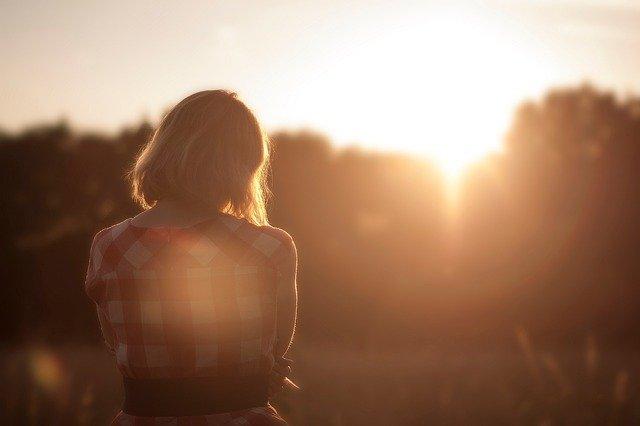 14 razones por las que posiblemente estás soltero o soltera